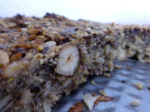 Paleo Brot aus Nüssen und Samen