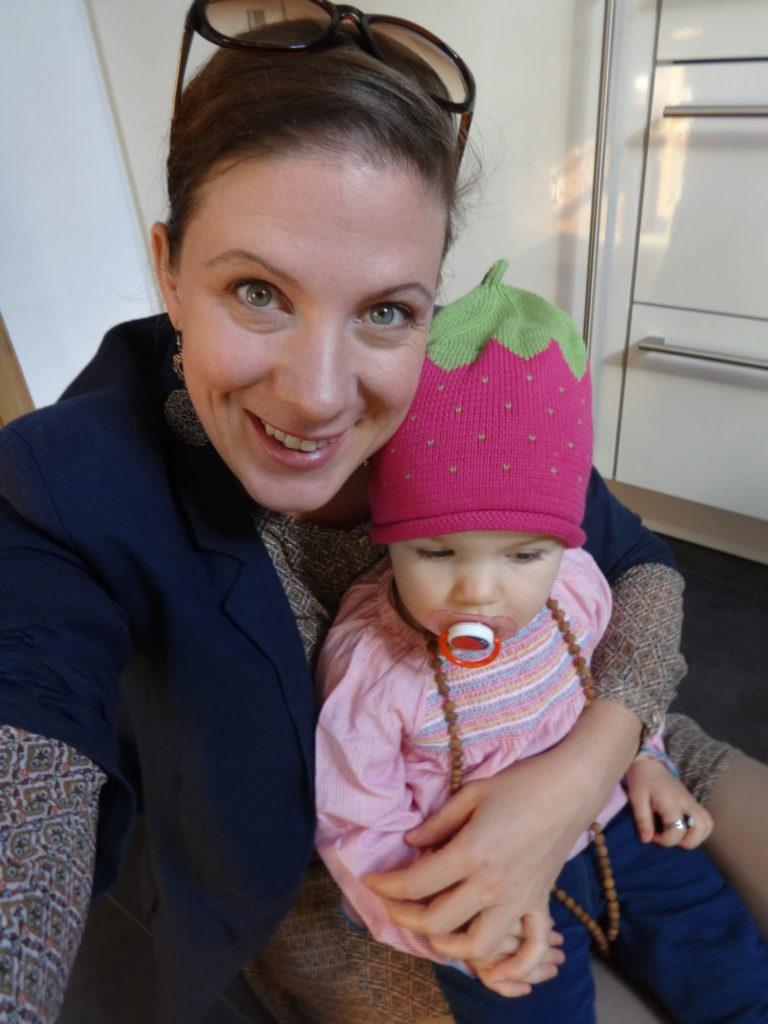 Ich mit Amelie auf dem Weg zu meinen Eltern