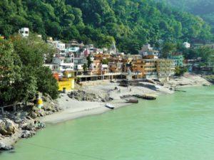 Rishikesh – der Ganges und die Ashrams