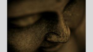 Buddha von oben fotografiert