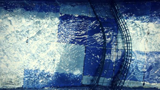 Wasserfilter im Pool in Ubud