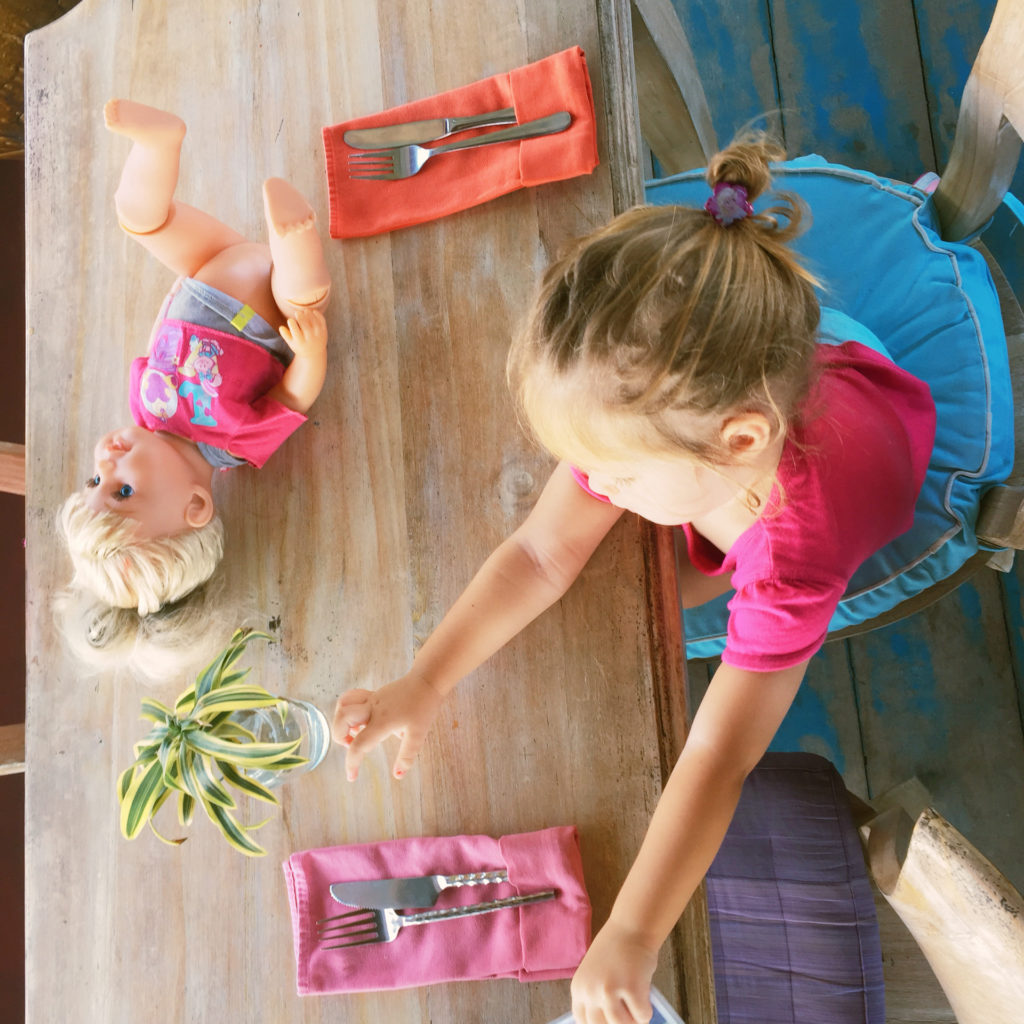 Spielen am Esstisch